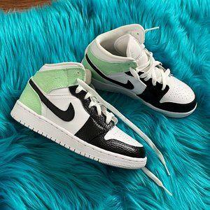 Nike Jordan 1 Mid Custom Sneaker